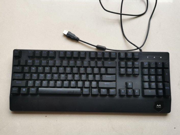 秒价 八个带背光键盘【售罄】